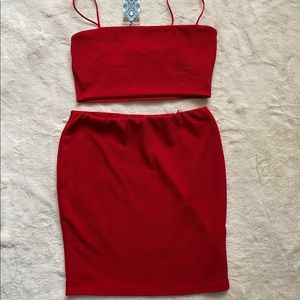 Red BooHoo Crop Set